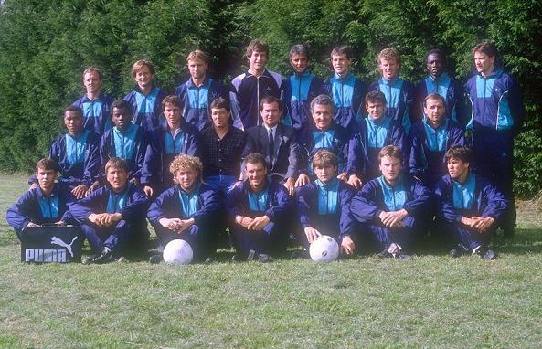 Groupe 1988-1989 survetements
